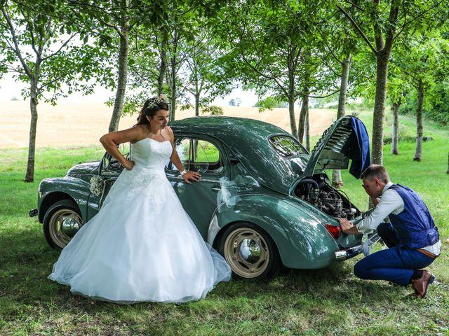 Le mariage de Marc et Gwendoline à Collonges, Ain 32