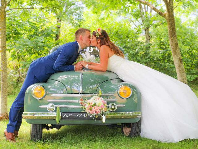Le mariage de Marc et Gwendoline à Collonges, Ain 33