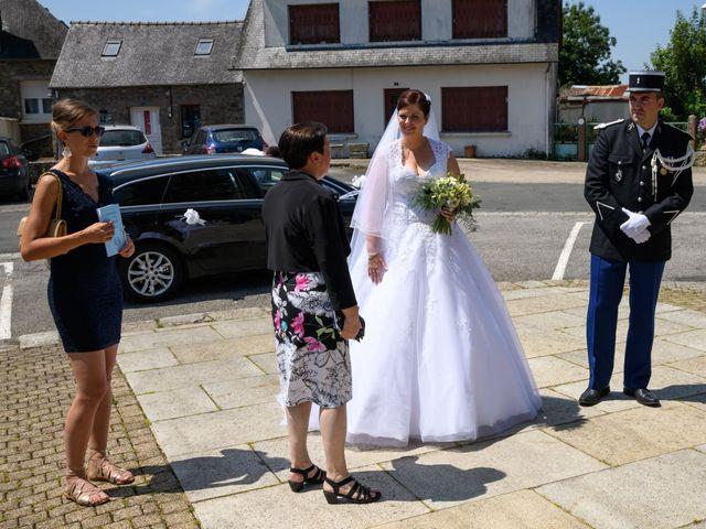 Le mariage de Yannick et Anne Sophie à Glomel, Côtes d'Armor 2