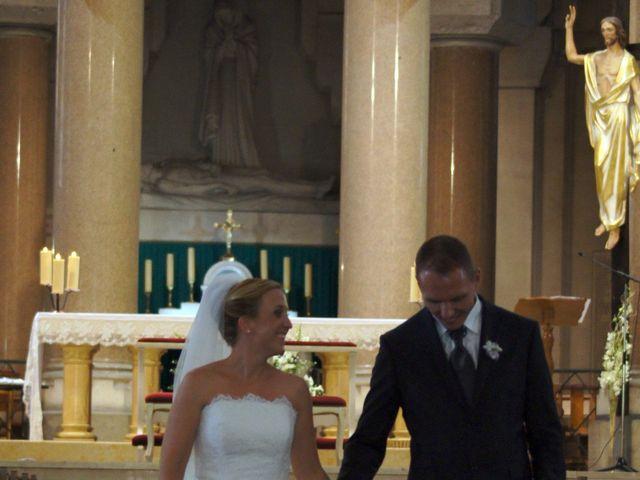 Le mariage de Cyrille et Aurélia à Marseille, Bouches-du-Rhône 14