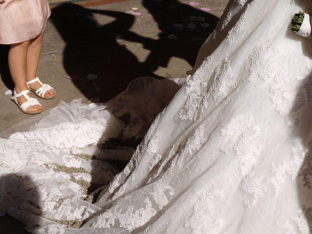 Le mariage de Cyrille et Aurélia à Marseille, Bouches-du-Rhône 15