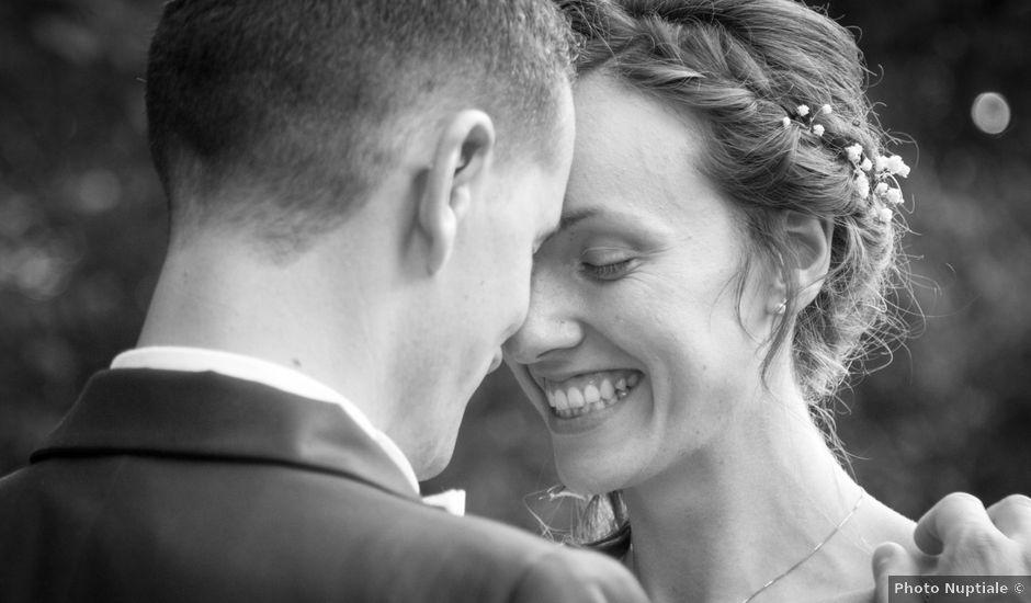 Le mariage de Paul et Julie à Liré, Maine et Loire