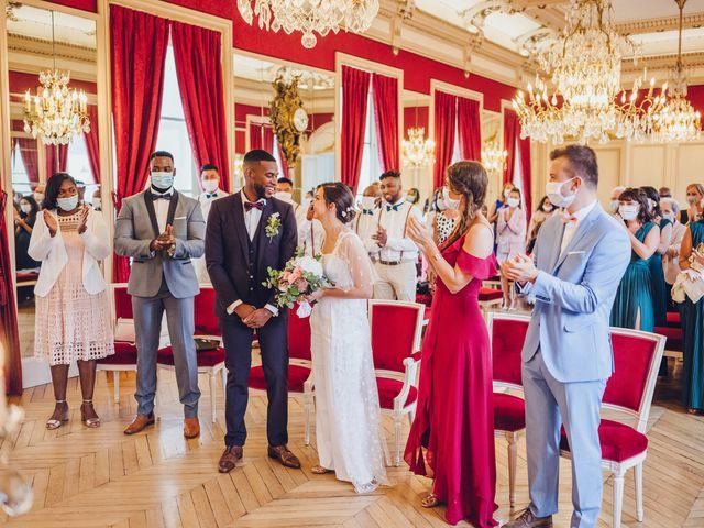 Le mariage de Loïc et Valentine à Fontenay-Trésigny, Seine-et-Marne 16