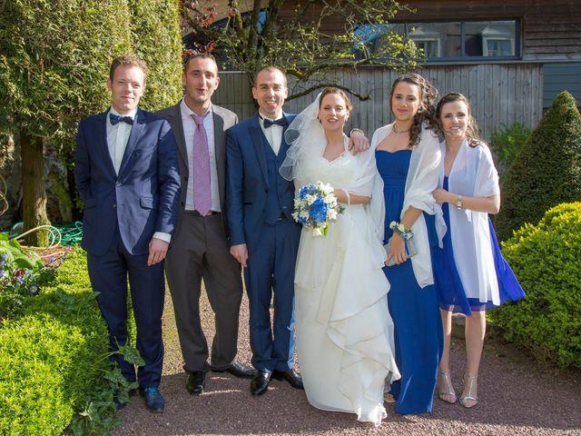 Le mariage de Fabien et Laura à Le Rheu, Ille et Vilaine 32
