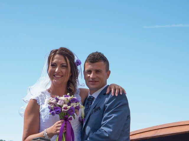 Le mariage de Emeric et Marion à La Tour-du-Pin, Isère 23