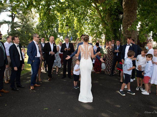 Le mariage de Julien et Nathalie à Bordeaux, Gironde 15
