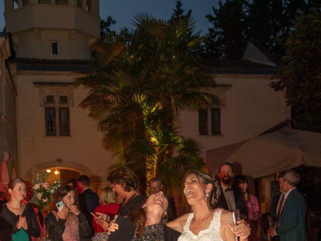 Le mariage de Julien et Nathalie à Bordeaux, Gironde 29