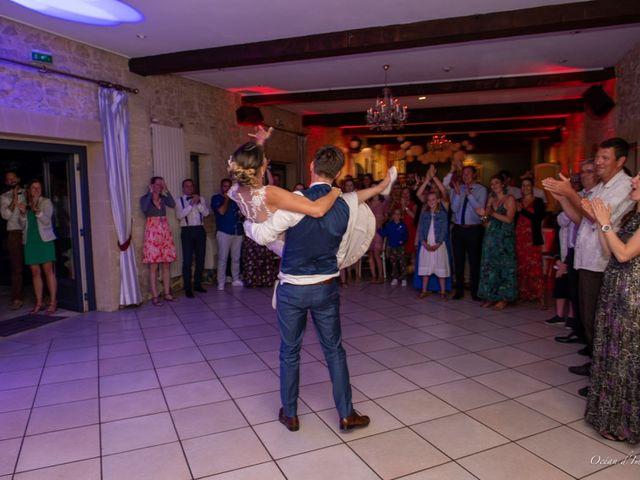 Le mariage de Julien et Nathalie à Bordeaux, Gironde 33