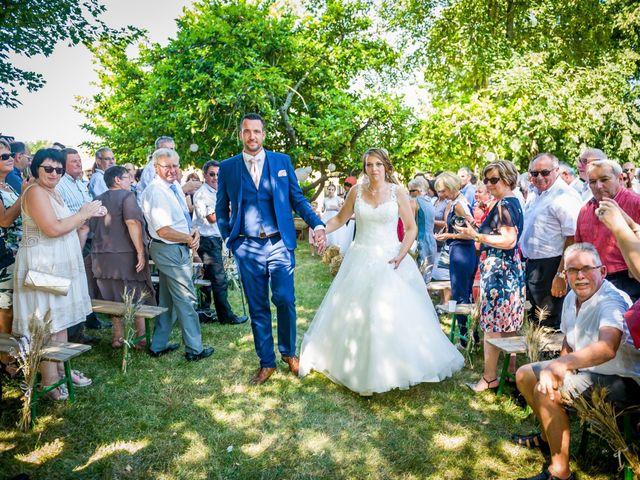 Le mariage de Alexandre et Emilie à Ligugé, Vienne 30