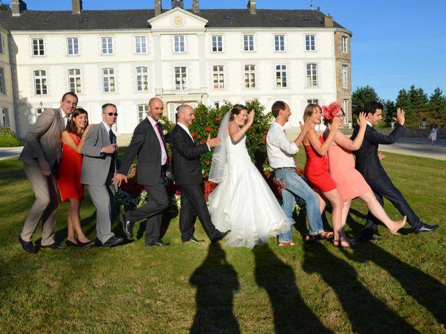 Le mariage de Etienne et Jeanne à Sarzeau, Morbihan 13