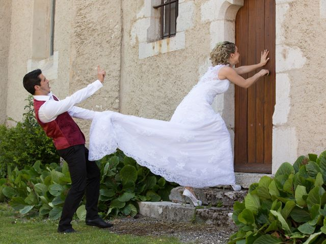 Le mariage de Aurélien et Laura à Yenne, Savoie 1