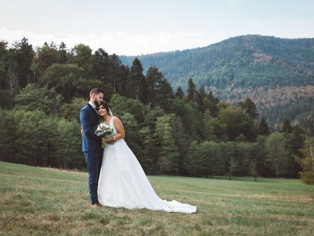 Le mariage de Josian et Cansu à Oberhaslach, Bas Rhin 6