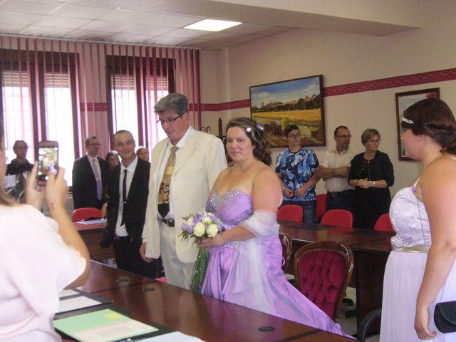 Le mariage de Sonia  et Xavier à Piennes, Meurthe-et-Moselle 3