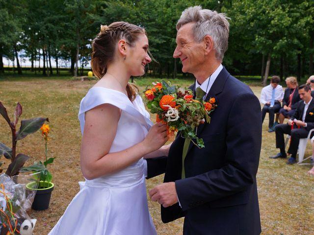 Le mariage de Odalric et Bénédicte à Reuilly, Indre 24