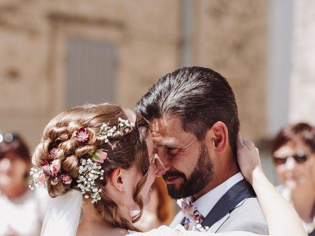 Le mariage de Loïc et Émeline à Grambois, Vaucluse 9