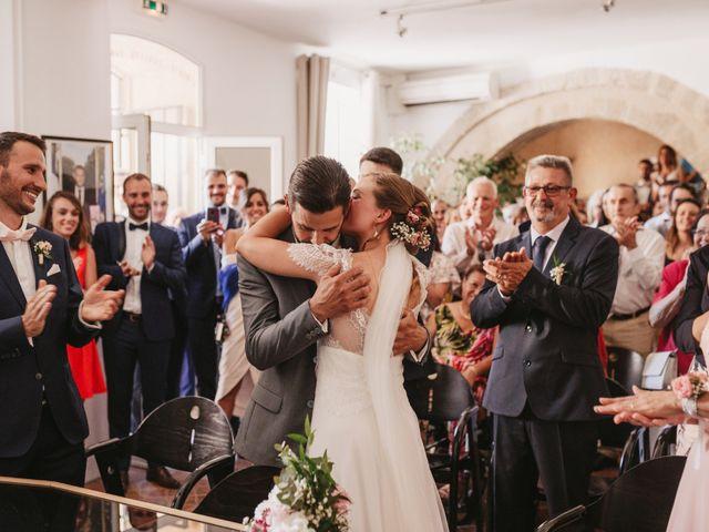 Le mariage de Loïc et Émeline à Grambois, Vaucluse 10