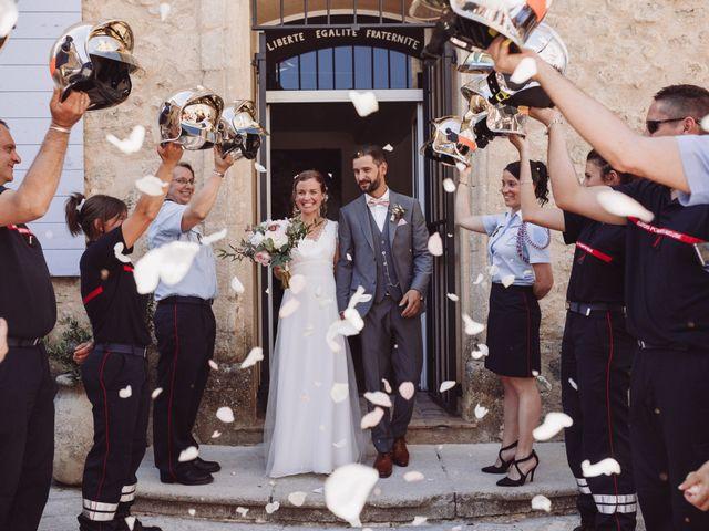 Le mariage de Loïc et Émeline à Grambois, Vaucluse 11