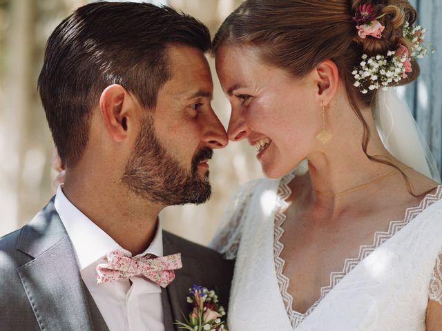 Le mariage de Loïc et Émeline à Grambois, Vaucluse 15