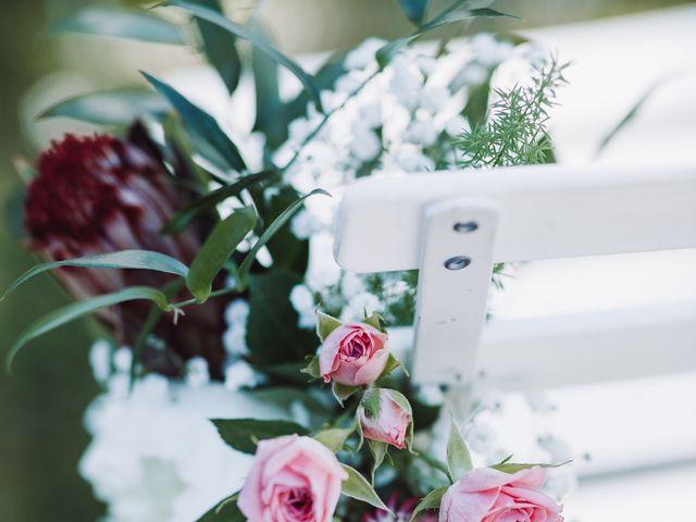 Le mariage de Loïc et Émeline à Grambois, Vaucluse 20