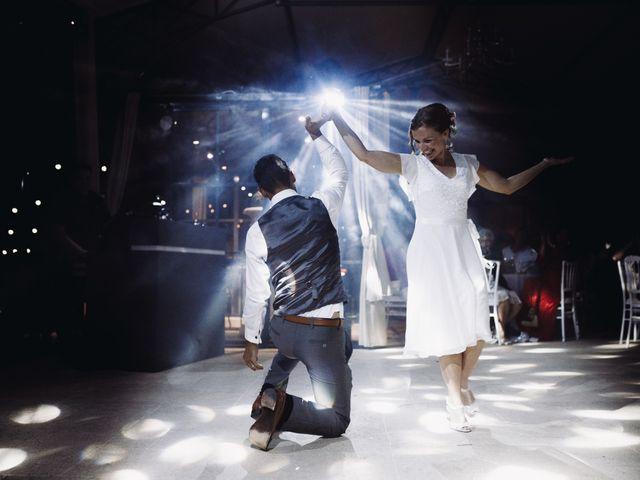 Le mariage de Loïc et Émeline à Grambois, Vaucluse 33