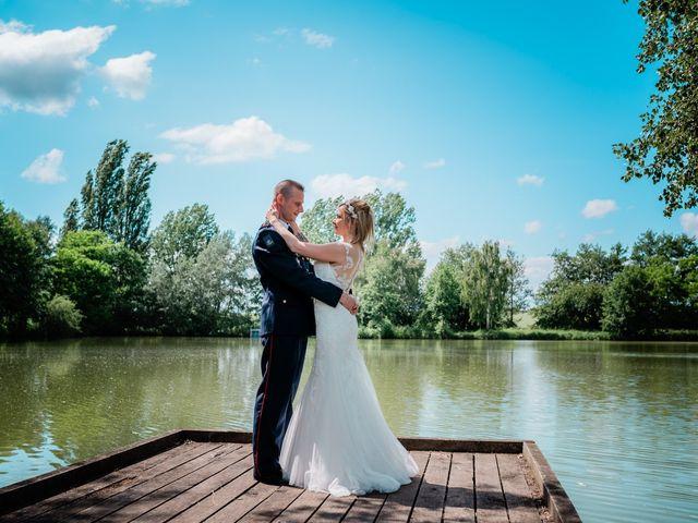 Le mariage de Florian et Adeline à Marles-en-Brie, Seine-et-Marne 28