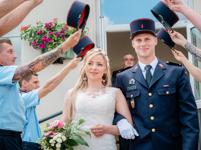 Le mariage de Florian et Adeline à Marles-en-Brie, Seine-et-Marne 22