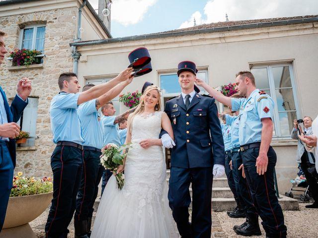 Le mariage de Florian et Adeline à Marles-en-Brie, Seine-et-Marne 23