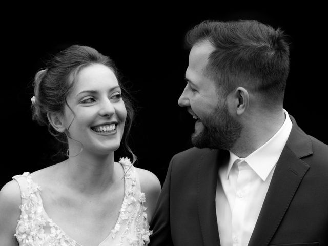 Le mariage de Clément et Anaïs à Fougeré, Vendée 6