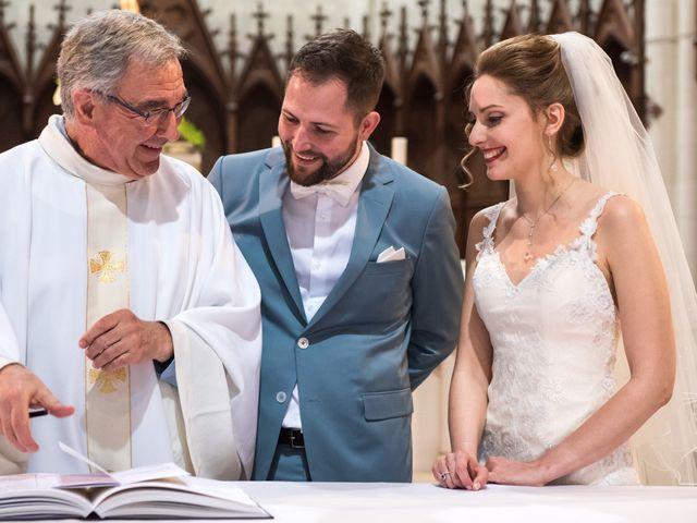 Le mariage de Clément et Anaïs à Fougeré, Vendée 33