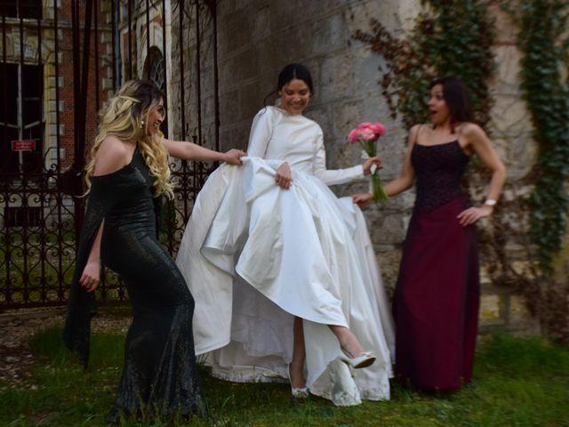 Le mariage de Amir et Anna à Beaulieu-sur-Loire, Loiret 4