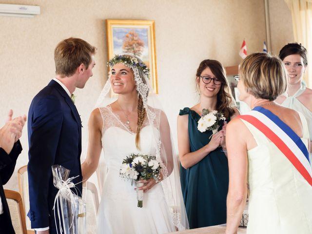 Le mariage de Maxime et Léa à Athis de l'Orne, Orne 12