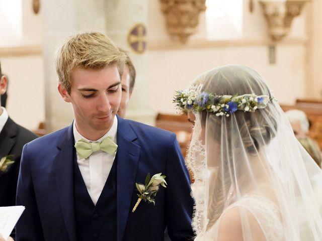 Le mariage de Maxime et Léa à Athis de l'Orne, Orne 17