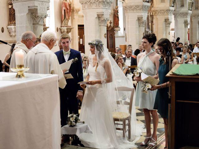 Le mariage de Maxime et Léa à Athis de l'Orne, Orne 18