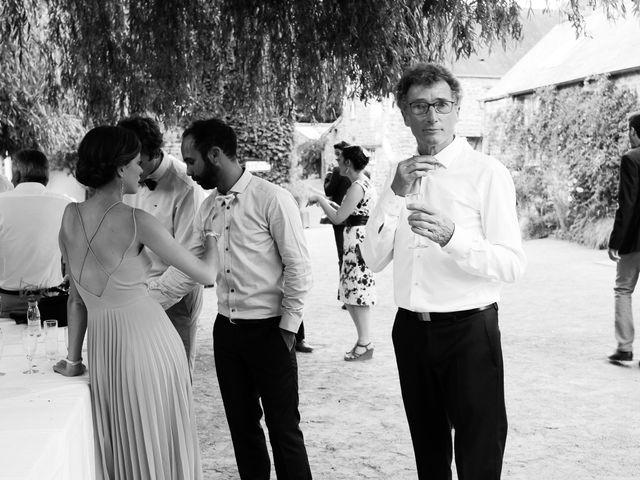 Le mariage de Maxime et Léa à Athis de l'Orne, Orne 39