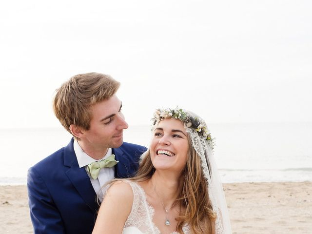 Le mariage de Maxime et Léa à Athis de l'Orne, Orne 21