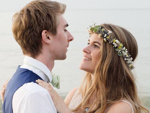 Le mariage de Maxime et Léa à Athis de l'Orne, Orne 29