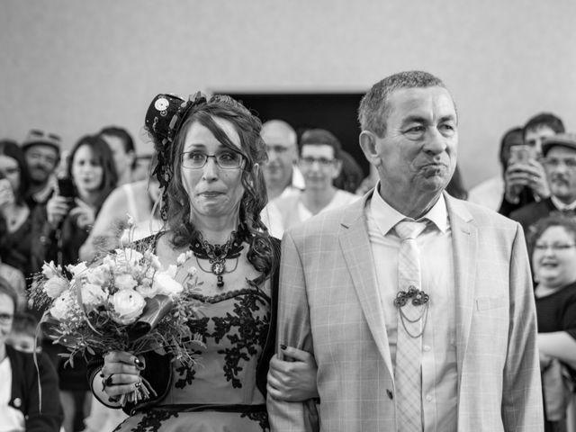Le mariage de Cyril et Emilie à Braye sur Maulne, Indre-et-Loire 14
