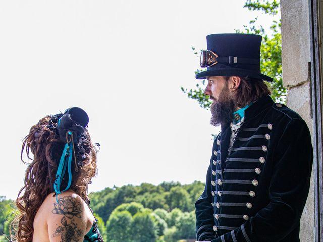 Le mariage de Cyril et Emilie à Braye sur Maulne, Indre-et-Loire 30