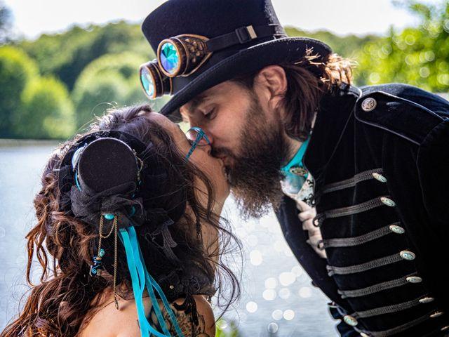Le mariage de Cyril et Emilie à Braye sur Maulne, Indre-et-Loire 32