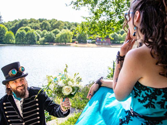 Le mariage de Cyril et Emilie à Braye sur Maulne, Indre-et-Loire 33