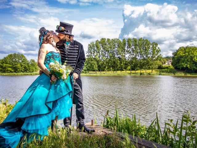 Le mariage de Cyril et Emilie à Braye sur Maulne, Indre-et-Loire 40