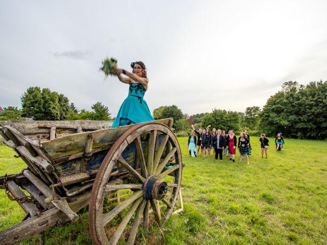 Le mariage de Cyril et Emilie à Braye sur Maulne, Indre-et-Loire 68