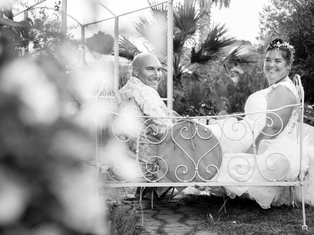 Le mariage de Mickaël et Laure à Hyères, Var 15