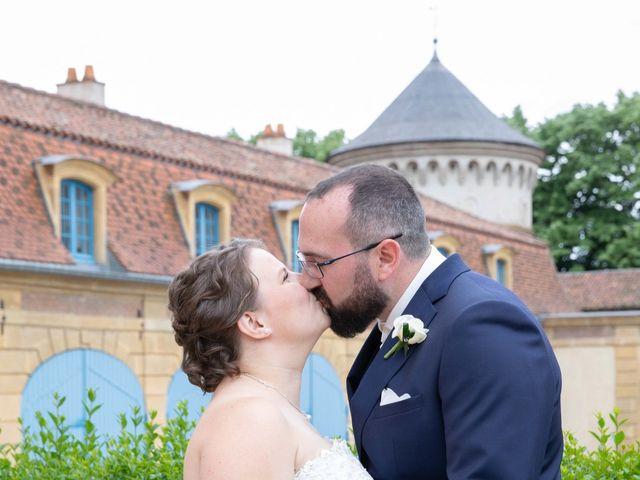 Le mariage de Julien et Caroline à Cattenom, Moselle 8