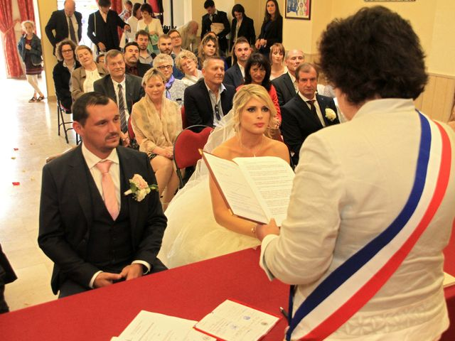 Le mariage de Thomas et Virginie à Saint-Chéron, Essonne 12