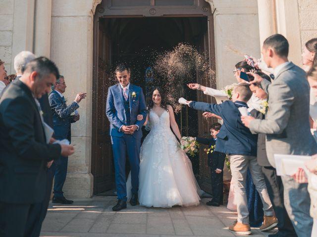 Le mariage de Julien et Mélanie à Légny, Rhône 20