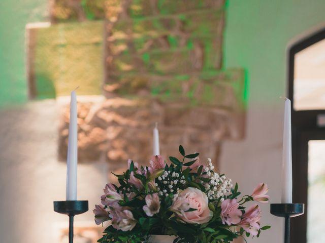 Le mariage de Julien et Mélanie à Légny, Rhône 34