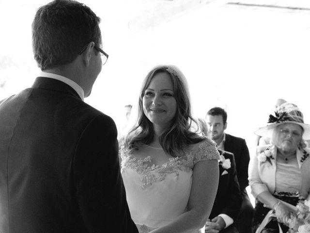 Le mariage de Simon et Karen à Neufchâtel-en-Bray, Seine-Maritime 30