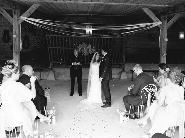 Le mariage de Simon et Karen à Neufchâtel-en-Bray, Seine-Maritime 35