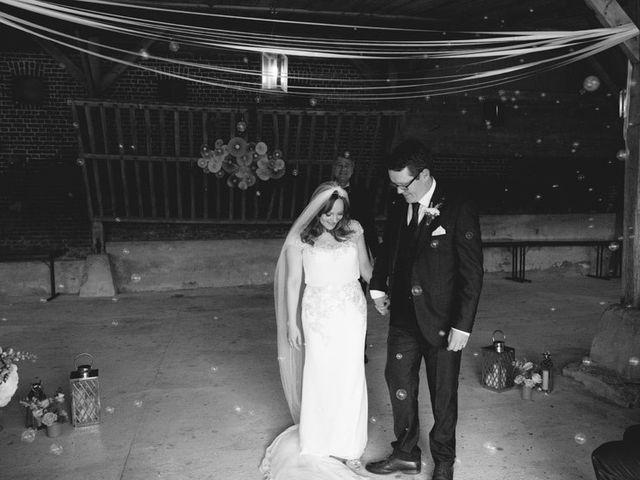 Le mariage de Simon et Karen à Neufchâtel-en-Bray, Seine-Maritime 36
